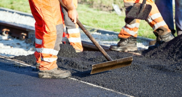 Road sealing in Robinvale today (17 December)